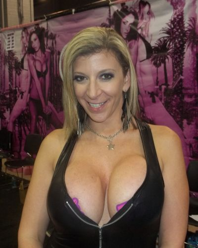 Iodine and big tits