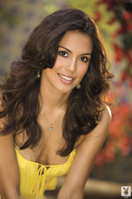 raquel pomplun photos