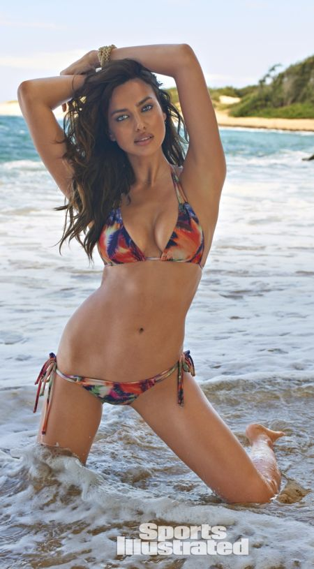 Video below of Sports Illustrated swimsuit model Irina Shayk.