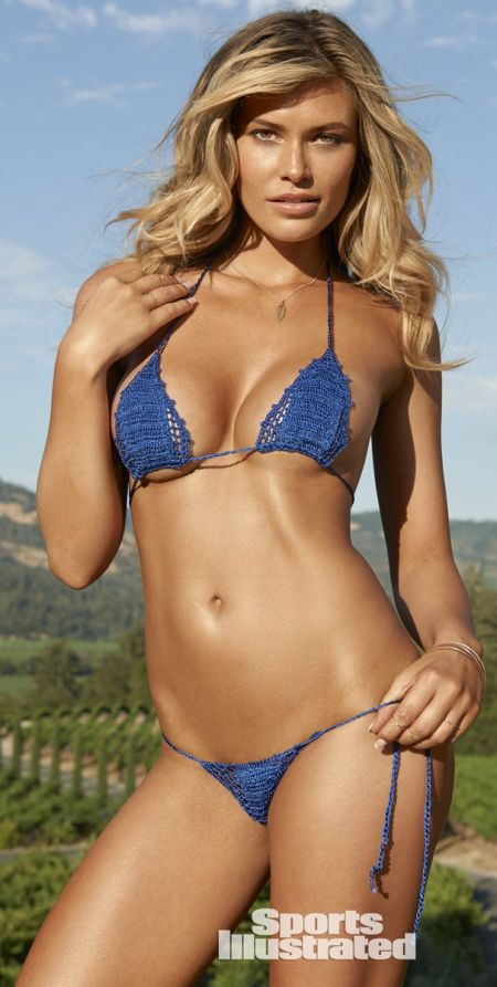 Swimsuit-related videos of model Samantha Hoopes below.